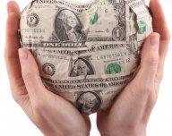 Dolarové srdce - ilustrační foto