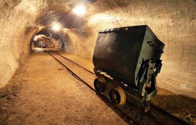 Těžba zlata, důl - ilustrační foto